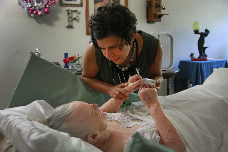 Hospice home care with Housecall Providers